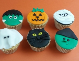 Parent and Child **  Halloween Cupcakes