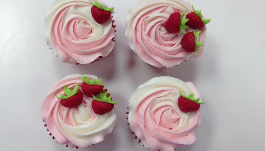 Strawberry & Champagne cupcakes