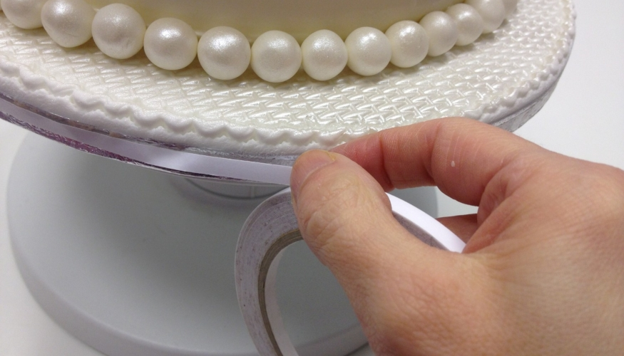 Cake decorating tips - Finishing Touches